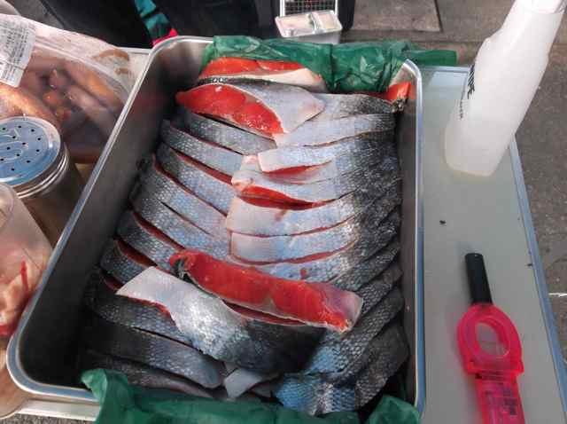 8.朝食の塩鮭.jpg
