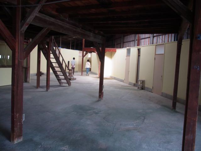 工場跡に、アトリエを9室。.jpg