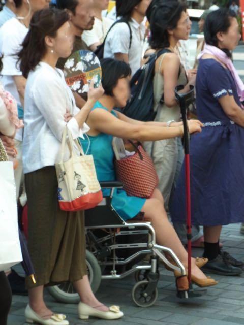 有楽町車椅子.jpg