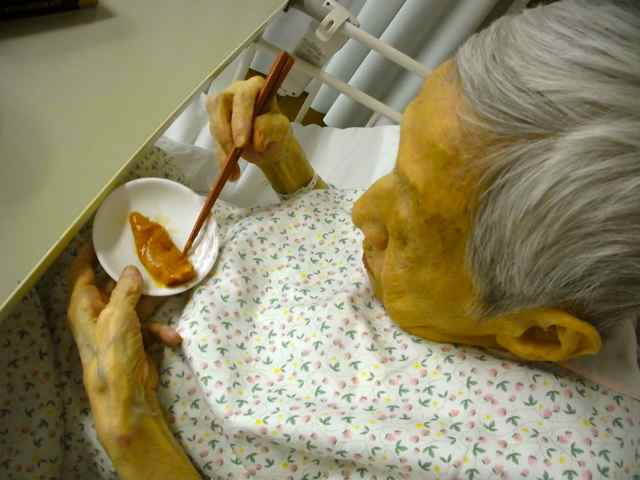 病院のものは全部、いや。タラコだけ食べる。.jpg