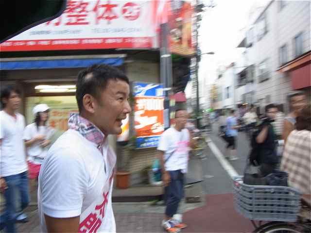 砂町商店街練り歩き、がんばる太郎さん!.jpg