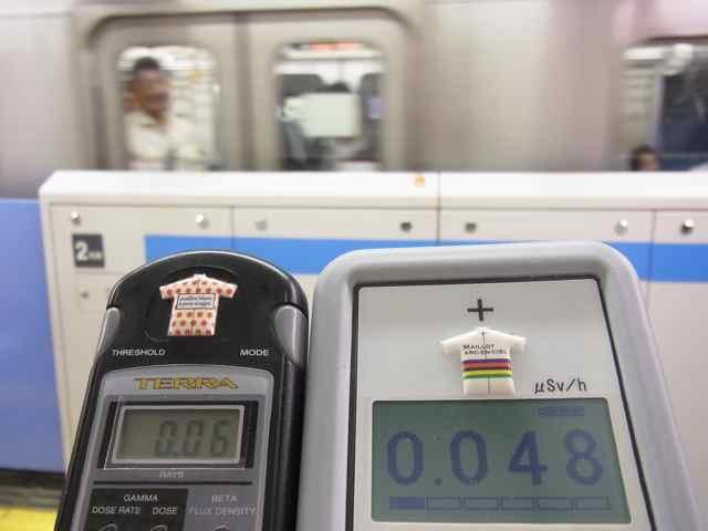 電車が入ったら急に0.06 0.048.jpg