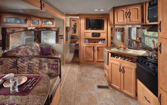 keystone-sprinter-travel-trailer-interior-2.jpeg