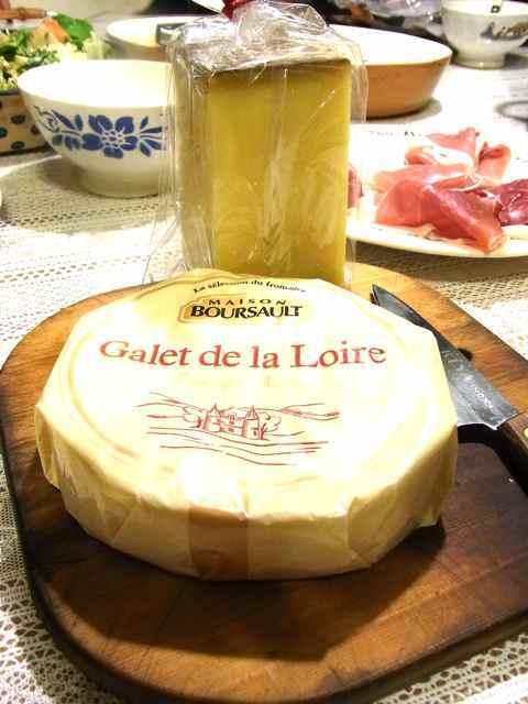 死ぬほどうまいチーズたち.jpg